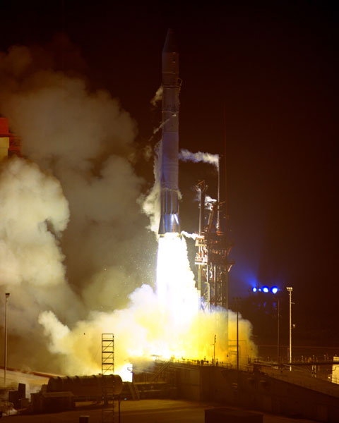 nighttime launch of Pioneer 10